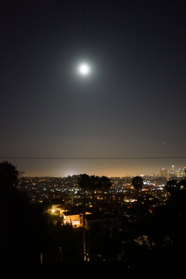 DSC05962 e1469875891347 377x565 Full Moon over Downtown and East LA
